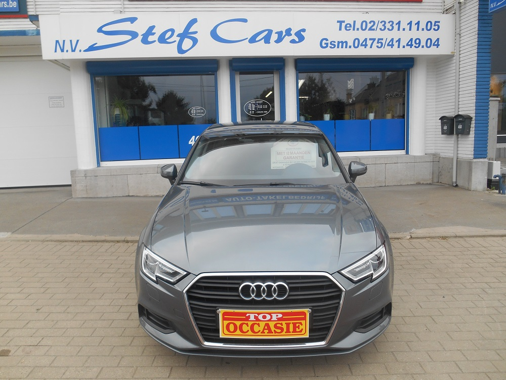 - AUDI A3 1.6 TDI ATTRACTION REF 1432